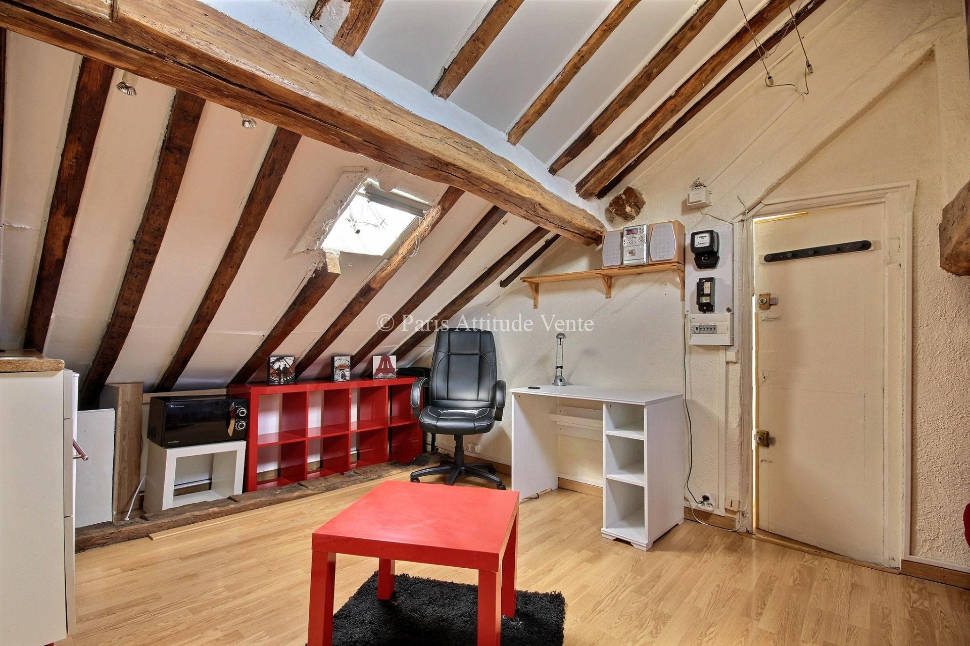 immobilier paris a vendre vente acheter ach appartement paris 75004 1. Black Bedroom Furniture Sets. Home Design Ideas