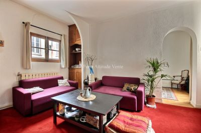A VENDRE -  APPARTEMENT 2 / 3 PIECES - MONTMARTRE - 75018 PARIS
