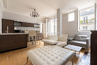 VENTE APPARTEMENT PARIS 75008 TRIANGLE D'OR
