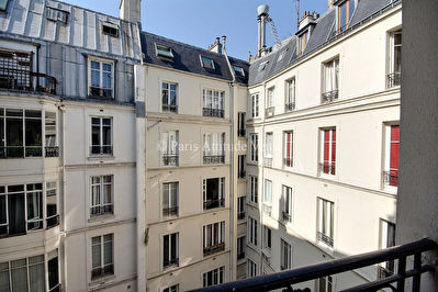 VENTE APPARTEMENT PARIS 75008 WAGRAM